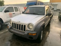 Jeep - Liberty - 2004 Medley