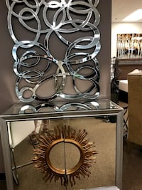 Used Round Brown Wooden Wine Bottle Rack For Sale In