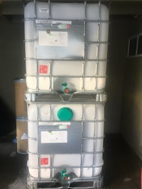 IBC Totes 275 gallon and 325 Food grade recondition ready 4 use Riverside