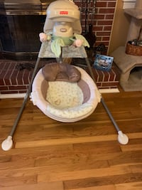 baby's white and gray cradle and swing Newport News, 23602