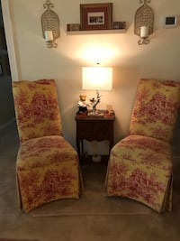Accent chairs - pair Rockville, 20852