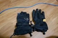Swany xl gloves  New Westminster, V3L 3R7