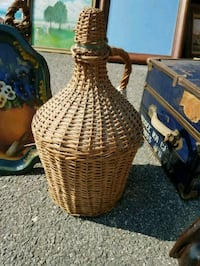 brown wicker wine gallon basket with lid Waldorf