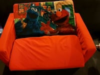 Adorable kid size Sesame Street flip out sofa/ bed Mississauga, L5E 3J1