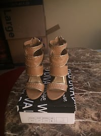 TAN HIGH HEELS Las Vegas, 89147
