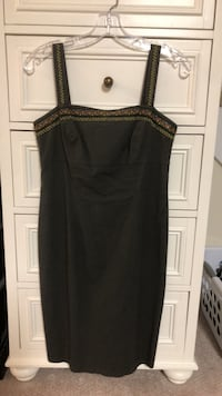 women's black sleeveless dress 32 km