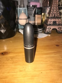Mac satin lipstick  Pitt Meadows, V3Y 1M8