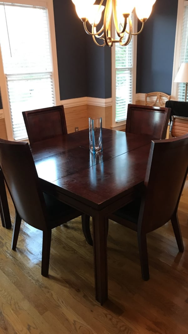 rectangular brown wooden table with six chairs dining set 4d49cc5b-8a42-4af4-907e-4551d9739b08