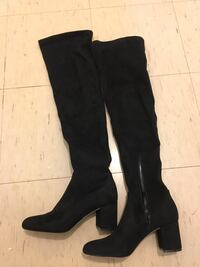 Inc over the knee boots size 7 1/2 Toronto, M3L 2J1
