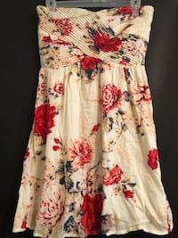 white, red, and green floral sleeveless dress Columbia, 65203