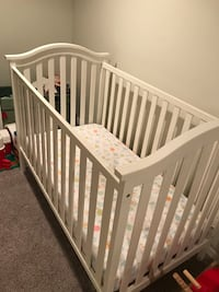 baby's white wooden crib Falls Church, 22042
