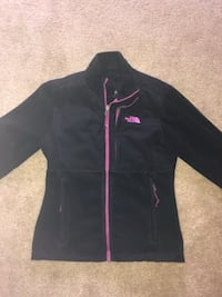 North Face Jacket Size M Reading, 19606