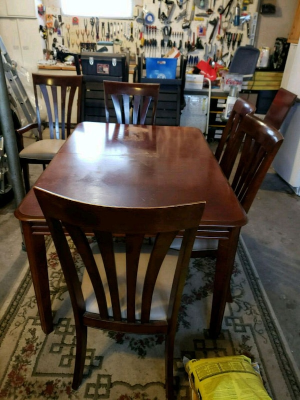 Beauty Solid Wood Project Dining Table