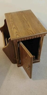 Solid wood bedside table/cabinet
