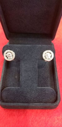 Ladies pair of white gold. 46 diamond 14kt Woodbridge, 22192