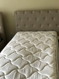 quilted white mattress with box spring Sterling, 20165