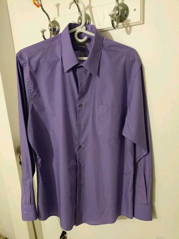 Fitted Button Up 48bf42b6-cf6a-4b0d-8788-3351889735e5
