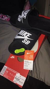 brand new with tags nike slides null, L2G 7K8