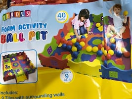 Activity ball pit (no balls included)
