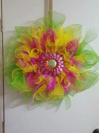 green and pink floral wreath Minden, 71055