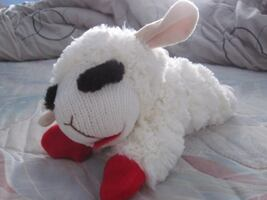"""Brand New 11"""" Lamb Chops Squeaky Plush Doll Toy"""