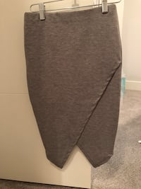 Pencil skirt brand new! Size xs Langley