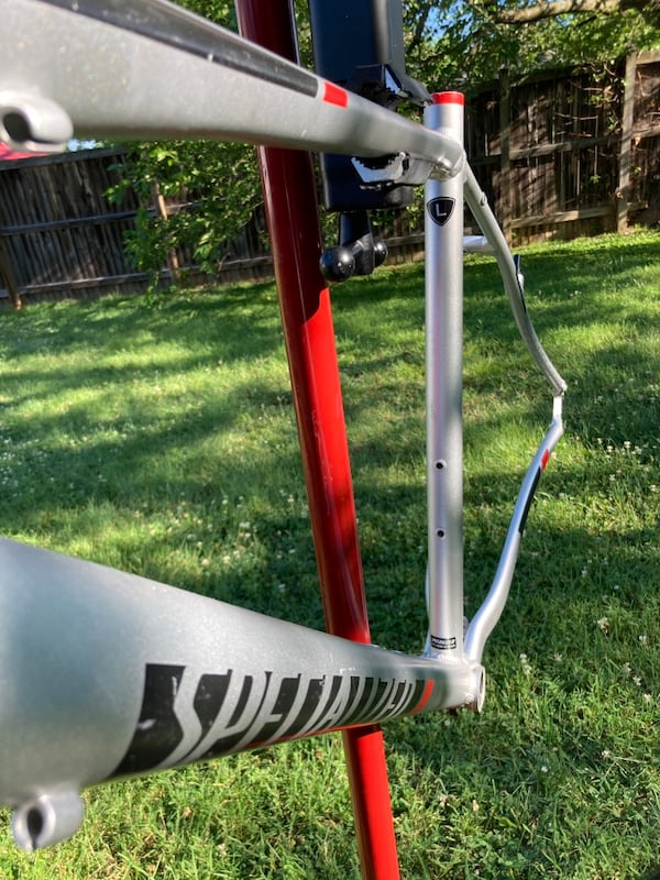 Specialized Sirrus Bike frame ( size L ) 1