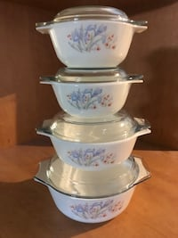 SET OF 4 CASSEROLE DISHES WITH LIDS  North Dumfries, N0B 1E0