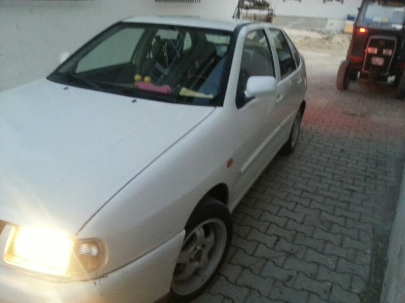 2000 Volkswagen Polo 1.6 CLASSIC FULL 8