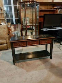 vintage solid wood hall table  Brampton, L6X