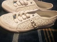 guess shoes Essex, 21221