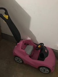 toddler's pink and black ride on toy car Germantown, 20874
