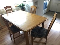 brown wooden dining table set Laval, H7N