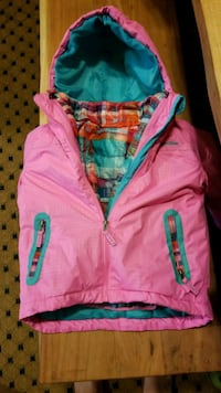 Girls 4T winter coat Triangle, 22172