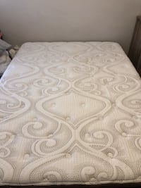 Queen Matress, Box Spring, AND bed frame- LIKE NEW Los Angeles, 90004
