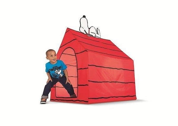 Snoopy tent