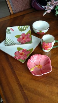 DINNERWARE. TROPICAL.  5PC PLACE SETTING FOR 6
