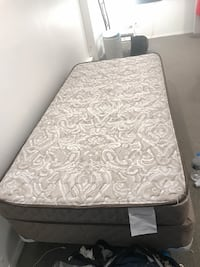 Twin bed- mattress, box spring, collapsible frame all included Washington, 20008