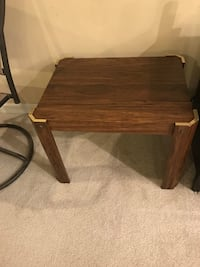 Coffee table/Side table.