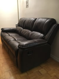Brown Leather Recliner Sofa & Chair 549 km