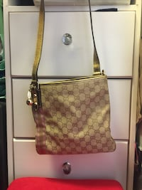 Authentic Gucci handbag classic collection Tracy, 95377