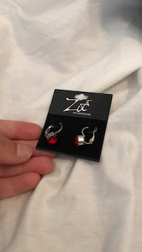 Red Gemstone Earrings Winnipeg, R3T 5W3