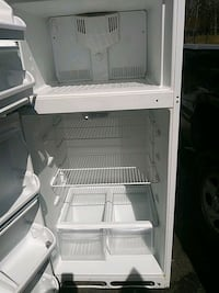 white top-mount refrigerator Oxon Hill, 20745