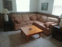 brown and white sectional couch Palatine, 60074