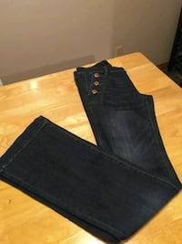 New jeans Calgary, T2H 0Y9