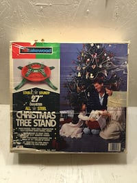 """Vintage Lakewood 27"""" all steel Christmas tree stand Albuquerque, 87120"""