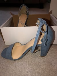 DENIM BLUE HEEL Brampton, L6R 0V7