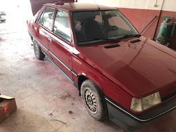 1995 Renault 2ababa41-6272-4c6a-8dbf-41540145f785