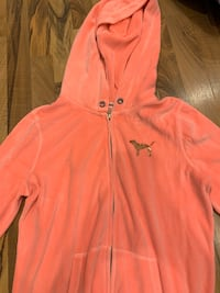 PINK sweatshirt  Copiague, 11726
