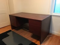 Big desk! Roomy drawers for hanging files  Catonsville, 21228